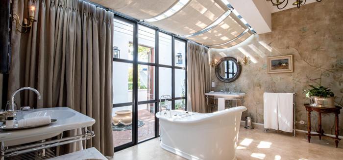 Lanzerac-Bathroom-Styling_ny