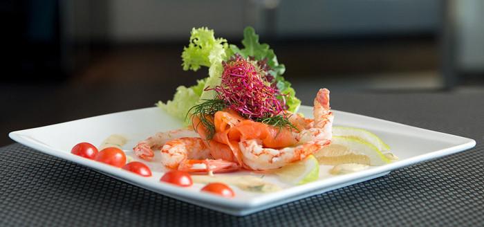 OA-salmon-prawn-dish-experience_ny